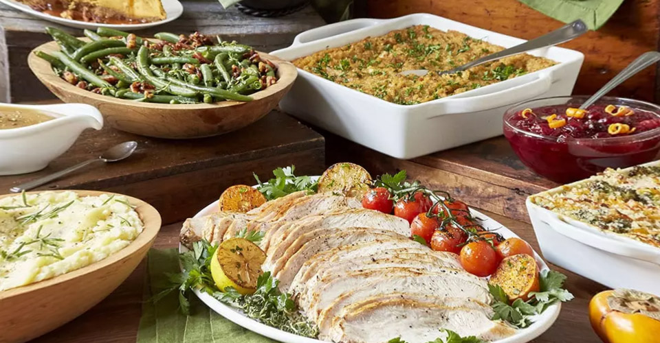 Order Your Thanksgiving Feast from Firebirds!